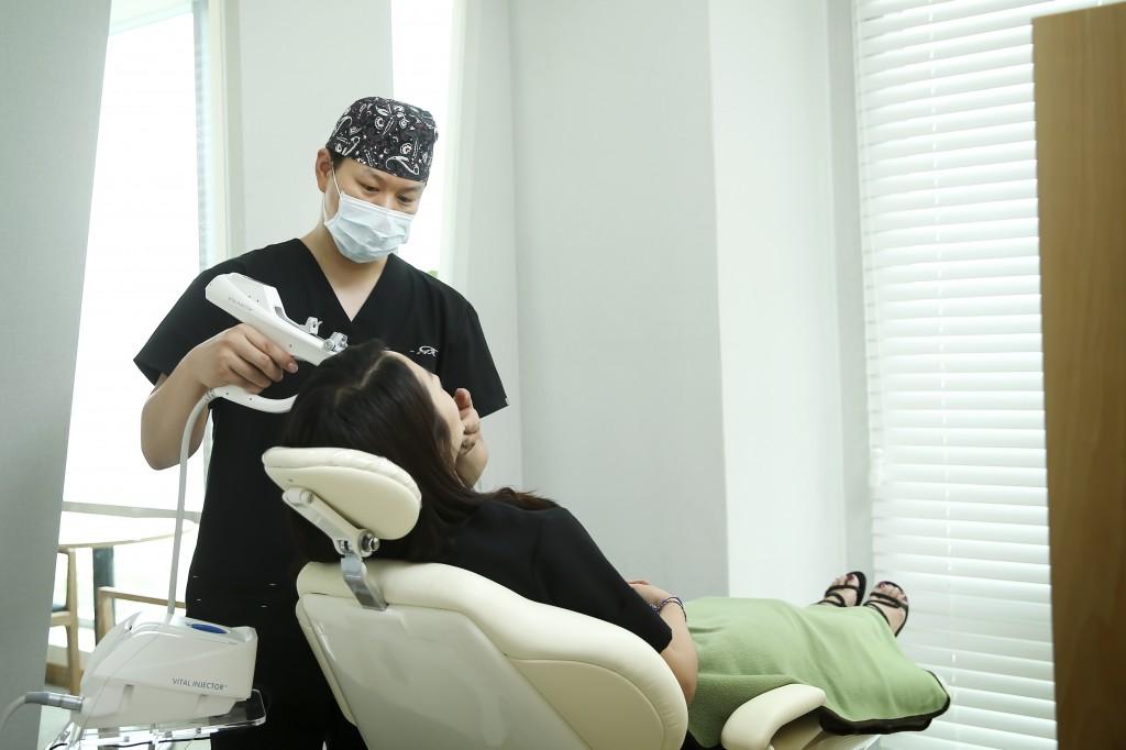 청담i성형외과피부과 의료진 (5)